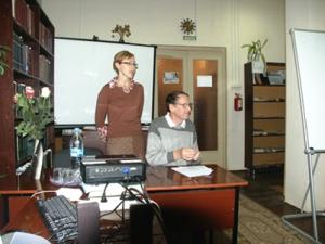 SOUVENIR VOYAGE D'ÉCHANGE CULTUREL À TIKHVINE EN RUSSIE. Du 9 au 17 novembre 2011 Image1-voyage-nov2011-300x225